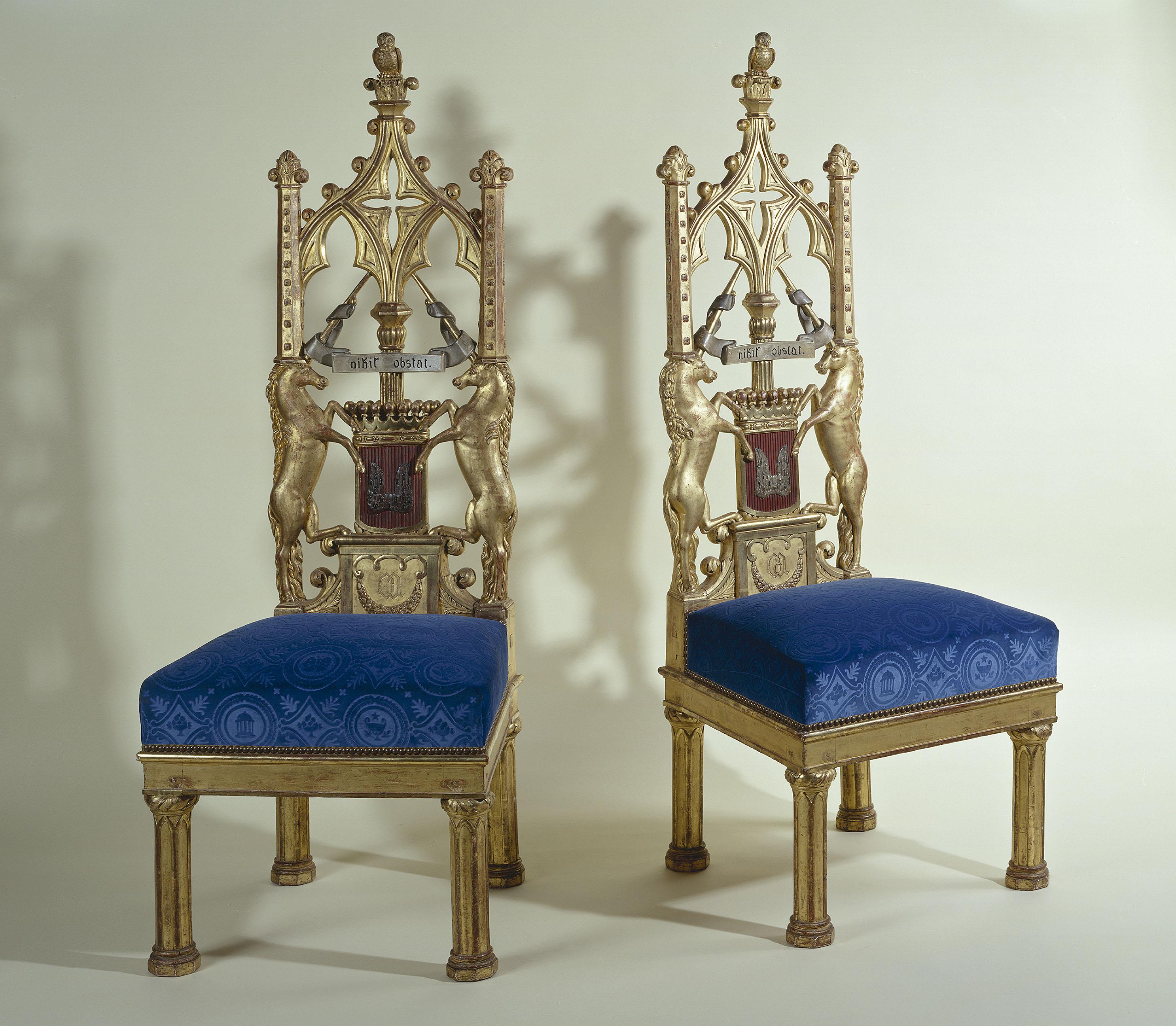 Jacob-Desmalter - Paire de chaises du cabinet gothique de la comtesse d'Osmond