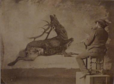 "Gustave Courbet peignant \""L'Hallali du Cerf\"""