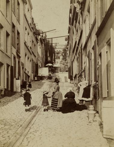 Le peintre Louis-Robert Carrier-Belleuse (?) peignant en plein air - scène de rue