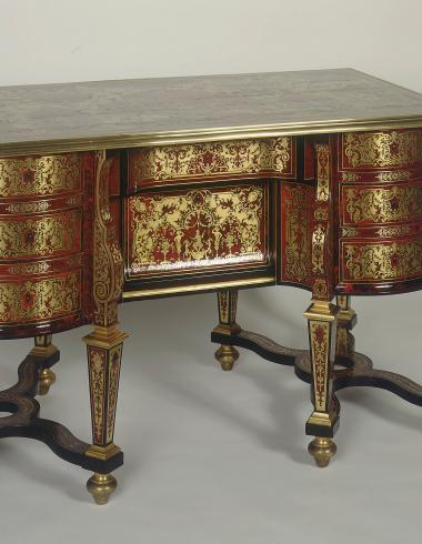 Table bureau dit bureau Mazarin