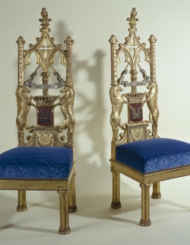 Paire de chaises du cabinet gothique de la comtesse d'Osmond