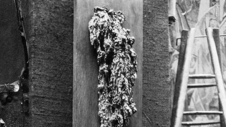 Une coulée de plomb de la cathédrale de Reims (1916)