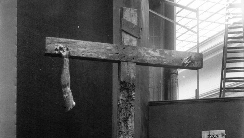 Le Christ de l'église de Rengny