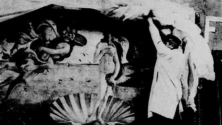 """Arrivée au Petit Palais de la """"Naissance de Vénus"""" de Botticelli"""